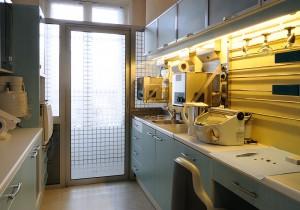 El laboratorio de descontaminación y de esterilización